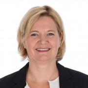 Karin den Otter, Medewerkster polisadministratie